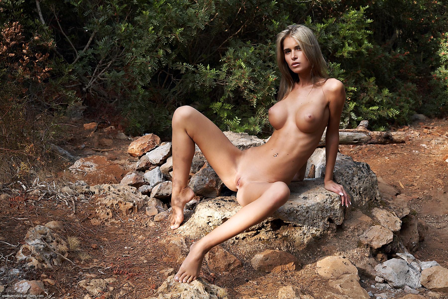 Thailand naked tatoo girls