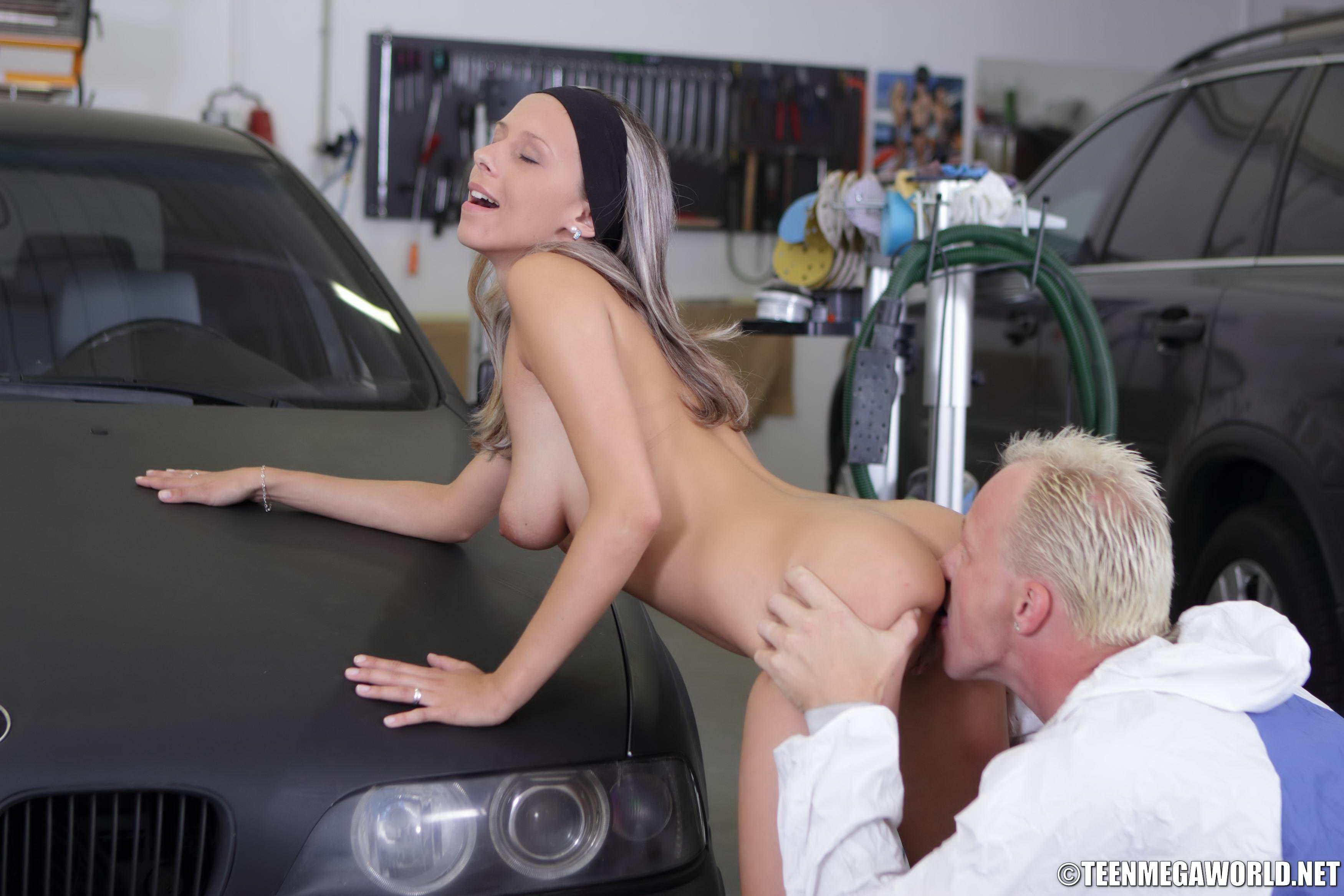 Fucks car girl in