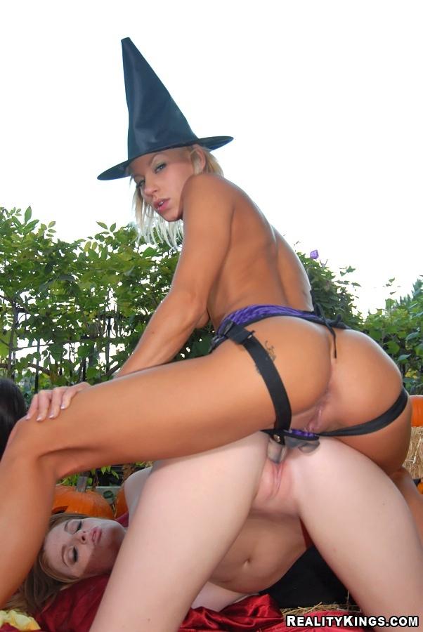 sexy halloween girls fucked