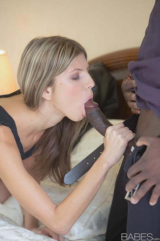 Young stud loves hot blonde cougar sucking his tool 8
